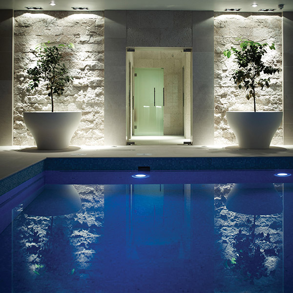 Stone Pool & Spa Features