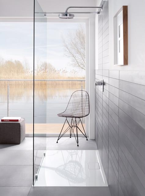 V&B shower tray