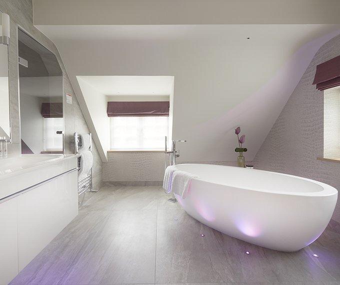 Juniper Luxury Bathroom
